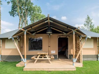 Deluxe Safari Tent 4-berth Highfield Holidays